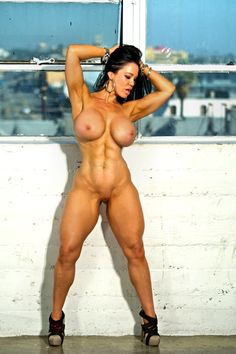 Sexy muscle girls the buff and the beautiful photo 2
