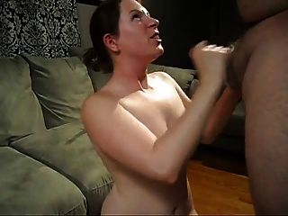 Mom likes to suck cock