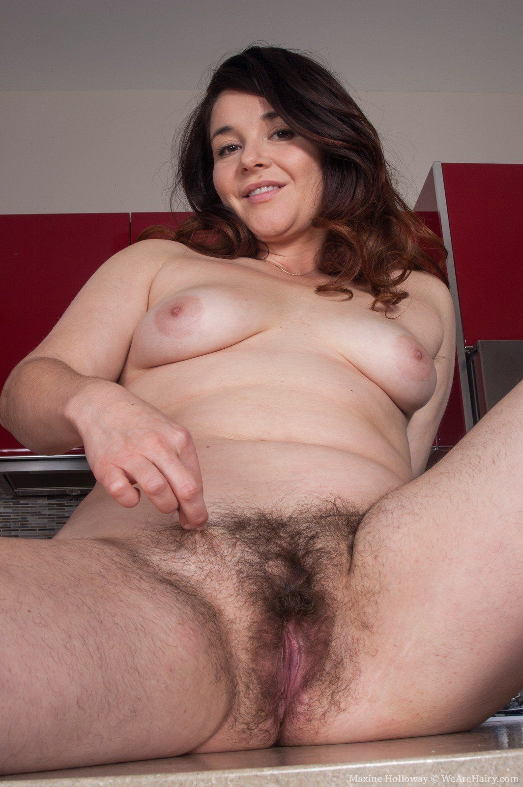 Fat hairy pussy pic photo 2