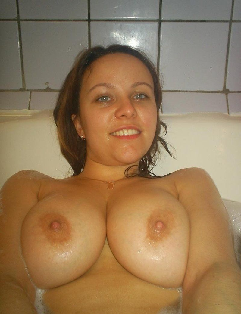 Wide open for a huge load facial XXX
