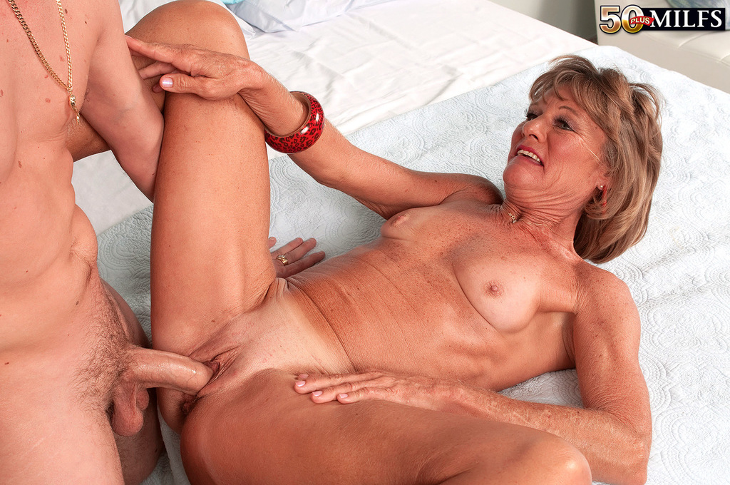 Showing images for lorrie morgan porn xxx