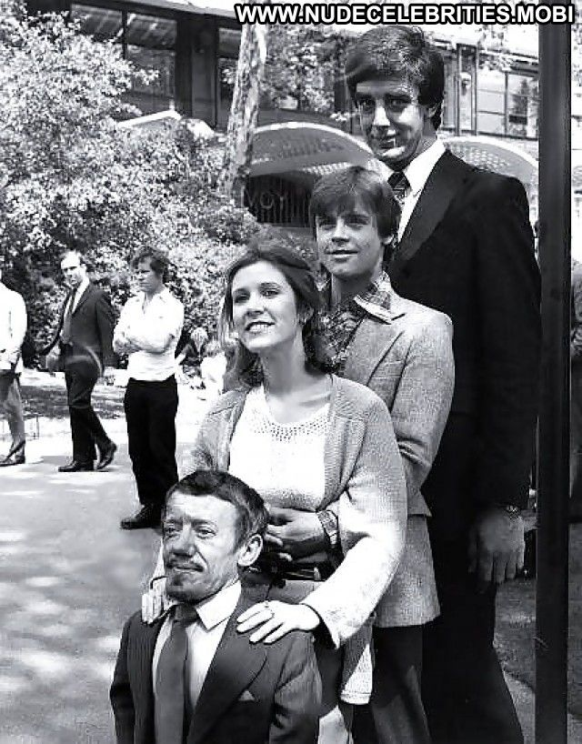Carrie fisher tits photo 2