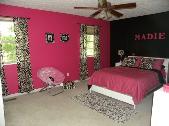 Pink and black girls rooms photo 2