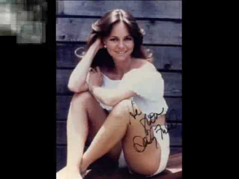 Has sally field ever been nude