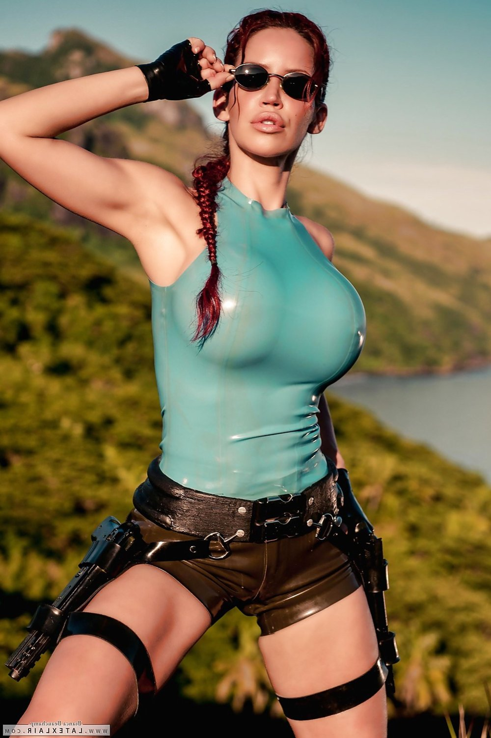 Lara croft tomb raider xxx photo 4