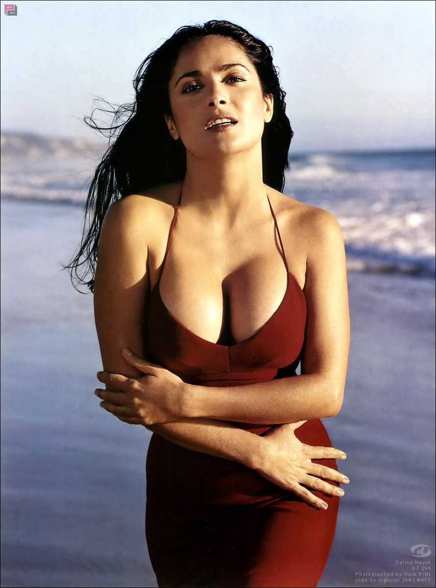 Salma hayek free tubes look excite and delight